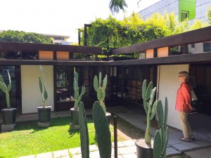 The Shindler House built in 1921 in West Hollywood is considered to be the first truly modern  house in Los Angeles.